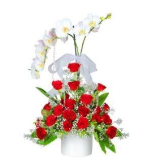 Beyaz Orkide Ve Kýrmýzý Gül Aranjmaný